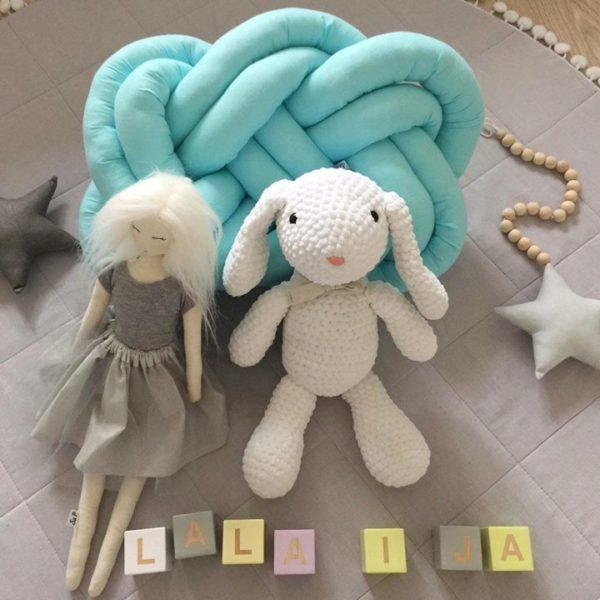 jeden z naszych króliczków zamieszkał w pracowni lalek Szyje Pani na Maszynie